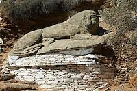Grece, Cyclades, ile de Kea, la capitale Ioulis (Hora), le Lion, une des sculptures les plus ancienne de Grece (600 av JC)  // Greece, Cyclades island, Kea island, Ioulis (Hora) the capital city, the ancient Lion of Kea 600BC - one of the oldest sculptures in Greece
