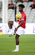 Timothee Pembele of PSG warms up before the French championship Ligue 1 football match between RC Lens (Racing Club de Lens) and Paris Saint-Germain (PSG) on September 10, 2020 at Stade Felix Bollaert in Lens, France - Photo Juan Soliz / ProSportsImages / DPPI