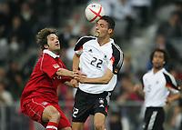 Fotball<br /> Bundesliga Tyskland<br /> Foto: Witters/Digitalsport<br /> NORWAY ONLY<br /> <br /> v.l. Torsten Frings, Kevin Kuranyi Deutschland<br /> Fussball FC Bayern München - Tyskland