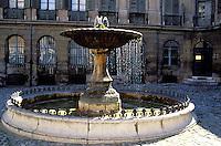 France - Bouche du Rhone -Aix en province - Place d'Albertas