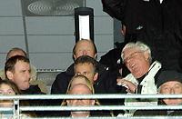 Fotball Royal League Trondheimn 11.11.2004 – Rosenborg – Djurgården 4-4 Nils Arne Eggen på VIP-tribunen med Nils Skutle og Rune Bratseth<br /><br />Foto: Carl-Erik Eriksson, Digitalsport