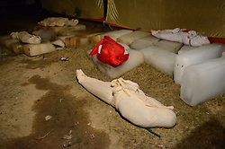 November 20, 2016 - Pukhrayan, Kanpur, India - dead bodies of victims lying down on ice cubes , in a district mortuary in Pukhrayan, some 60 kms from Kanpur, on November 20,2016. Indore Patna express train derailed on sunday's early morning. more than 200 people died and several injured, according to officials  (Credit Image: © Ritesh Shukla/NurPhoto via ZUMA Press)