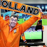 Nederland, Aalsmeer , 11 juni 2010..Lloyd Vandenberg, de voorzitter van de Oranje Supportersvereniging..Foto:Jean-Pierre Jans