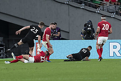 November 1, 2019, Tokyo, Japan: New Zealand's Richie Mo'unga scores a try during the Rugby World Cup 2019 Bronze Final between New Zealand and Wales at Tokyo Stadium. New Zealand defeats Wales 40-17. (Credit Image: © Rodrigo Reyes Marin/ZUMA Wire)