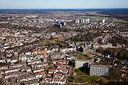 Nederland, Limburg, Roermond, 07-03-2010; Roermond-Zuid, onder andere de wijk De Kemp met flats en eengezinswoningen. De (voormalige) goederenspoorweg IJzeren Rijn loop midden door de wijk (ongeveer in het midden van de foto, vlnr)..Roermond-South, including the neighbourhood the Kemp with family houses and flats. The (former) Iron Rhine railway runs approximately in the middle of the photo (left to right)..luchtfoto (toeslag), aerial photo (additional fee required).foto/photo Siebe Swart