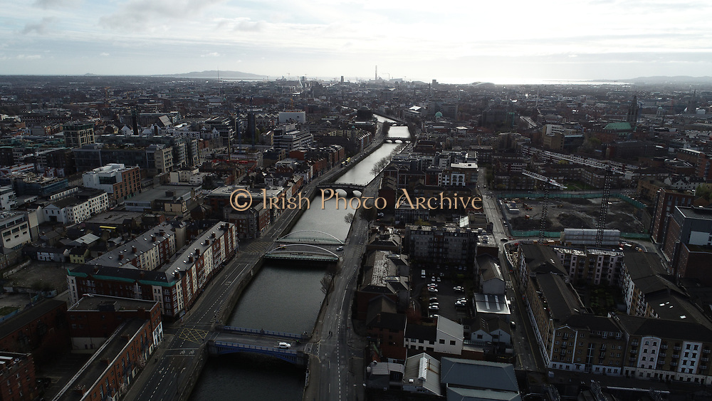 Aerial Photos of Dublin city Centre During Travel Restrictions, 3-4-20, 3rd March 2020, Covid 19, Friday Morning, Rush Hour, showing almost, Empty Streets, as people, curtail all but essential movment, Ireland, and Irish are doing thier best to reduce risk to others, ushers island, Liam Mellows, James Joyce, Fr Matthew, O'Donovan Rossa, Bridge liffey Photos, Photo, Snap, Streets, Street,
