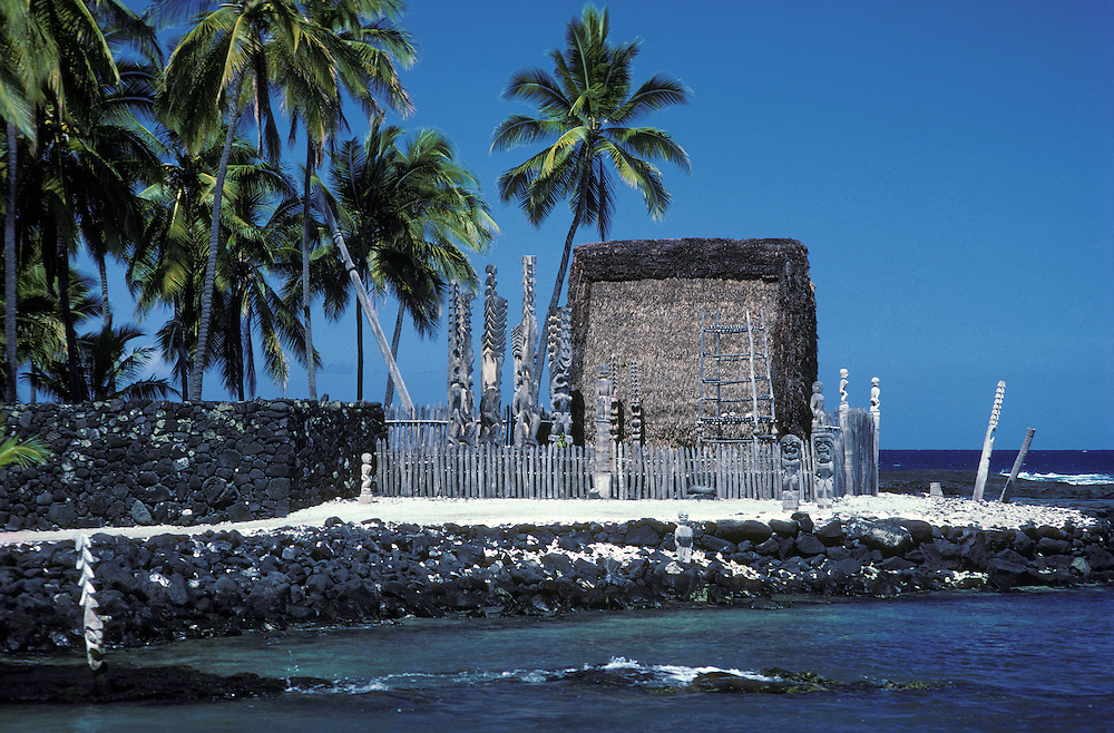 Hale O Keawe Heiau at Pu'uhonua O Honaunau National Historical Park, South Kona, Island of Hawaii.