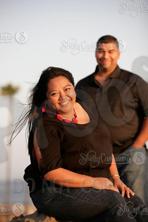 5 April 2012:  Marco Enriquez, Gail Alviar and Jessica Enriquez for a beach photo session in Corona Del Mar, CA.