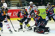 29.03.2011, Kloten, Eishockey NLA Playoff, Kloten-Flyers - SC Bern, Die Berner scheitern an Ronnie Rueeger  (Thomas Oswald/hockeypics)
