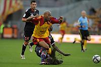 FOOTBALL - FRENCH CHAMPIONSHIP 2010/2011 - L1 - RC LENS v AS MONACO - 21/08/2010 - PHOTO JEAN MARIE HERVIO / DPPI - TOIFILOU MAOULIDA (RCL) / DJIMI TRAORE (ASM)