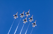 USAF Thunderbirds in six man formation