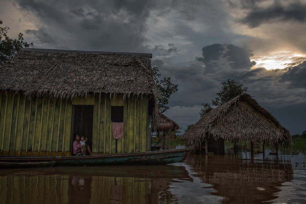 Brazil, Amazonas, Tabatinga. Frontiere entre bresil, perou et colombie.