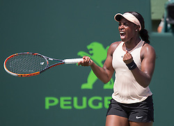 March 29, 2018 - Key Biscayne, Florida, United States - Sloan Stephens, from the USA, celebrates her victory against Victoria Azarenka, from Belarus, for the Semifinals of the Miami Open in Key Biscayne. Stephens defeated Azarenka 3-6, 6-2, 6-1  in Miami, on March 29, 2018. (Credit Image: © Manuel Mazzanti/NurPhoto via ZUMA Press)