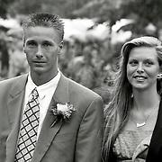 NLD/Bunschoten/19930616 - Huwelijk Dennis Bergkamp en Henrietta Ruizendaal, Michel Kreek en partner Denise