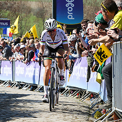 03-04-2016: Wielrennen: Ronde van Vlaanderen vrouwen: Oudenaarde  <br /> OUDENAARDE (BEL) cycling  The sixth race in the UCI Womensworldtour is the ronde van Vlaanderen. A race over the famous Flemish climbs.
