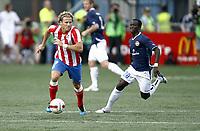 Fotball , 4. august 2011, Europa League 3rd. Qual<br /> Strømsgodset - Atletico Madrid<br /> Diego Forlan , AM<br /> Mohammed Abu , SIF