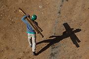 Campinas_SP, 07 de Junho de 2011.<br /> <br /> MINHA CASA MINHA VIDA<br /> <br /> Fotos das obras do empreendimento Esmeralda Ville da construtora MRV na cidade de Campinas.<br /> <br /> FOTO: MARCUS DESIMONI / NITRO