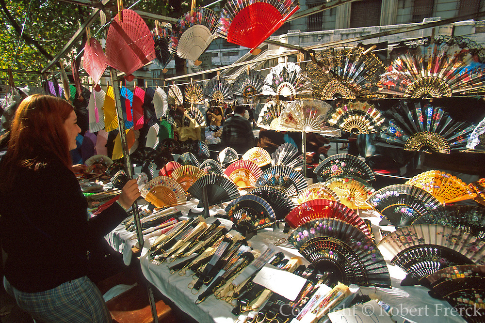 SPAIN, MADRID, MARKETS El Rastro; Sunday flea market