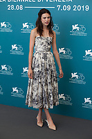 Venice, Italy, 30th August 2019, Margaret Qualley at the photocall for the film Seberg at the 76th Venice Film Festival, Sala Grande. Credit: Doreen Kennedy/Alamy Live News