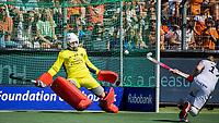 AMSTELVEEN - Christopher Rühr (Dui) passeert keeper Maurits Visser (Ned) met een strafbal  tijdens mannen hockeywedstrijd , Nederland-Duitsland (2-2),  bij het EK hockey. Euro Hockey 2021.   COPYRIGHT KOEN SUYK