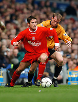 Fotball<br /> Liverpool v Wolves<br /> 29. mars 2004<br /> Foto: Digitalsport<br /> Norway Only<br /> Harry Kewell, Liverpool, Mark Clyde, Wolves