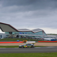 #98, Aston Martin Racing, Aston Martin V8 Vantage, driven by Paul Dalla Lana, Pedro Lamy, Mathias Lauda, FIA WEC 2017 6 Hours of Silverstone, Silverstone International Circuit, 14/04/2017,