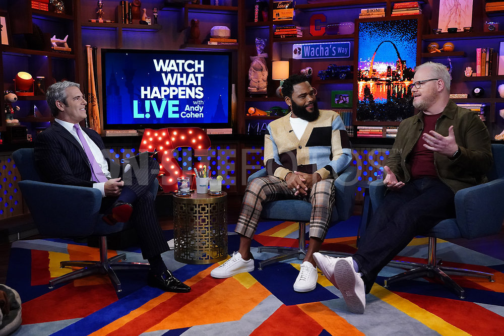 WATCH WHAT HAPPENS LIVE WITH ANDY COHEN -- Episode 18162 -- Pictured: (l-r) Andy Cohen, Anthony Anderson, Jim Gaffigan -- (Photo by: Charles Sykes/Bravo)