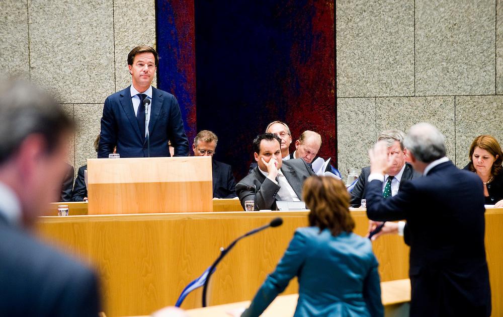 Nederland, den Haag, 22 sept  2011.Algemene Politieke Beschouwingen in de Tweede Kamer..Cohen interuppeert Rutte over het gedrag van WIlders.Foto(c): Michiel Wijnbergh