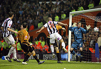 Photo: Rich Eaton.<br /> <br /> West Bromwich Albion v Wolverhampton Wanderers. Coca Cola Championship. Play off Semi Final 2nd Leg. 16/05/2007. West Broms Kevin Phillips scores the first goal of the evening
