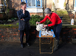 © Licensed to London News Pictures. 29/12/15<br /> York, UK. <br /> <br /> Local resident Louise Amende makes tea for her neighbours as the community comes together to help each other as flood water begins to subside on Huntington Road in York. Further rainfall is expected over coming days as Storm Frank approaches the east coast of the country.<br /> <br /> Photo credit : Ian Forsyth/LNP