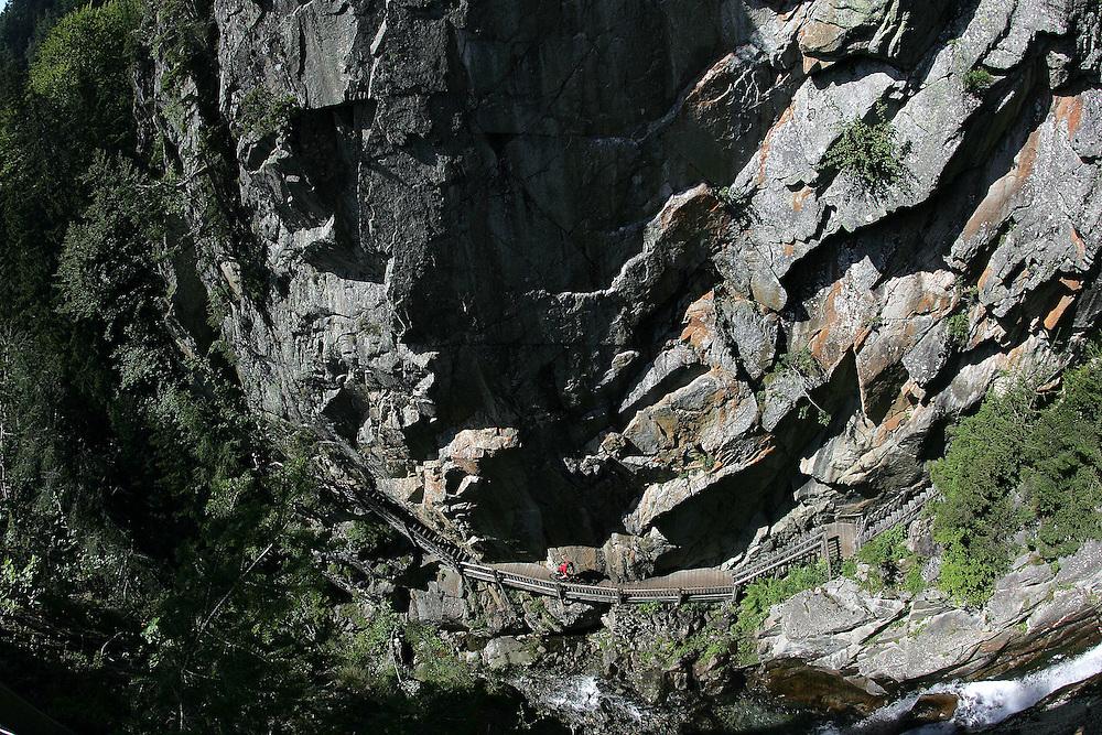 Rider: Amaël Donnet.Location: Gorges de Dayent (Switzerland)