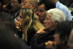 Richard Gere falls asleep on 21/09/2017-Pisa-Italy actor event In the Auditorium of the Congress Palace sitting in the front seats American actor Richard Gere fall asleep listening to the Lectio Magistralis while his girlfriend Alejandra Silva looks with a seemingly very bored . In the Photo: Richard Gere taken from a sleep beat and Alejandra Silva very bored. Photos RobertoCappa photojournalism.