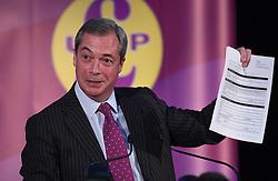 Bekanntgabe des neuen UKIP-Parteivorsitzenden in London / 281116 *** LONDON, UK 28TH NOVEMBER 2016: Nigel Farage at the Announcement of The New UKIP Leader at The Emmanuel Center, London, England. 28th November 2016.