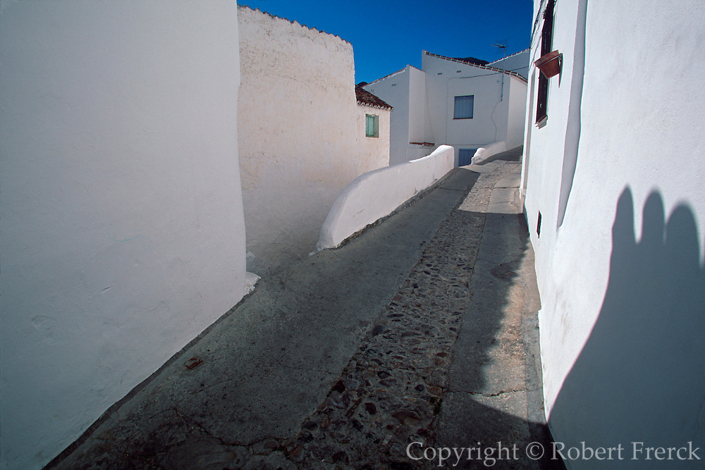 SPAIN, ANDALUSIA CASARES; a picturesque mountain village or 'pueblo blanco' near Estepona on the Costa del Sol; traditional white homes