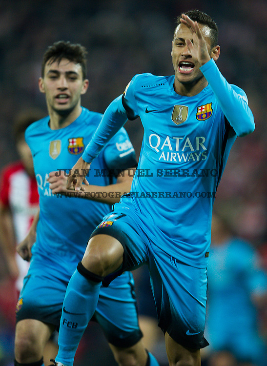 BILBAO, SPAIN - JANUARY 20:  Neymar of FC Barcelola celebrates after scoring his team's second goal during the Copa del Rey Quarter Final First Leg match between Athletic Club and FC Barcelola at San Mames Stadium on January 20, 2016 in Bilbao, Spain.  (Photo by Juan Manuel Serrano Arce/Getty Images) *** Local Caption *** Neymar