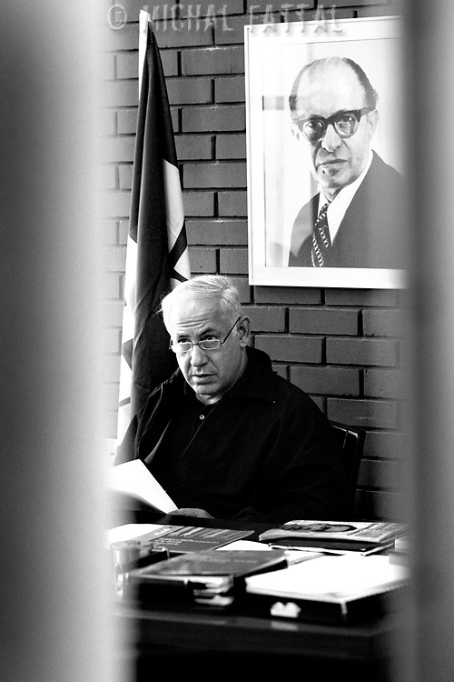 Benjamin Netanyahu sits behind the desk at his office in Tel Aviv, February 06, 2009.