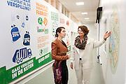 VEGHEL Uitreiking Pluim aan de verspillingsfabriek door Annemarie Spierings