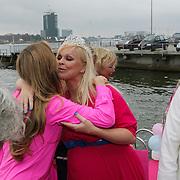 NLD/Amsterdam/20080803 - Babyshower voor Bridget Maasland, Monique Verkaart en Bridget