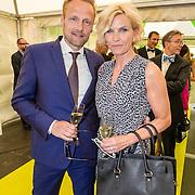 NLD/Amsterdam/20150604 - Amsterdam Diner 2016, Anita Witzier en partner Michel Nillesen