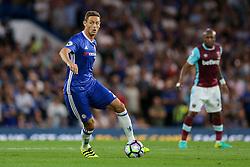 Nemanja Matic of Chelsea in action - Rogan Thomson/JMP - 15/08/2016 - FOOTBALL - Stamford Bridge Stadium - London, England - Chelsea v West Ham United - Premier League Opening Weekend.