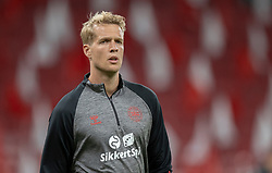 Jonas Lössl (Danmark) under opvarmning tilmUEFA Nations League kampen mellem Danmark og Belgien den 5. september 2020 i Parken, København (Foto: Claus Birch).
