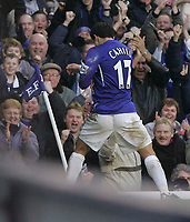 Photo: Dave Howarth.<br /> Everton v Charlton Athletic. The Barclays Premiership.<br /> 02/01/2005. Everton's Tim Cahill celebrates Everton's second goal in his own unique way by boxing the corner flag