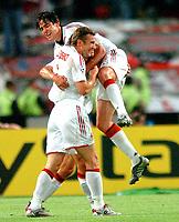 ◊Copyright:<br />GEPA pictures<br />◊Photographer:<br />Helmut Fohringer<br />◊Name:<br />Shevchenko<br />◊Rubric:<br />Sport<br />◊Type:<br />Fussball<br />◊Event:<br />UEFA Champions League Finale, AC Milan vs Liverpool FC<br />◊Site:<br />Istanbul, Tuerkei<br />◊Date:<br />25/05/05<br />◊Description:<br />Andriy Shevchenko, Cafu (Milan), Jubel<br />◊Archive:<br />DCSFH-250505516<br />◊RegDate:<br />25.05.2005<br />◊Note:<br />DM/DM - Nutzungshinweis: Es gelten unsere Allgemeinen Geschaeftsbedingungen (AGB) bzw. Sondervereinbarungen in schriftlicher Form. Die AGB finden Sie auf www.GEPA-pictures.com. Use of pictures only according to written agreements or to our business terms as shown on our website www.GEPA-pictures.com