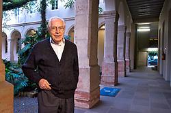 Pedro Ignácio Schmitz, diretor do Instituto Anchietano de Pesquisa (IAP). Fundado em 1869 por Jesuítas, o prédio onde funciona a sede institucional da Unisinos, já serviu como base do colégio Conceição, reduto de descendentes de alemães. FOTO: Lucas Uebel/Agência Preview