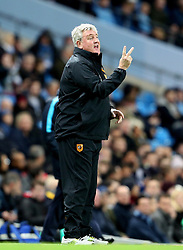 Hull City Manager Steve Bruce gestures - Mandatory byline: Matt McNulty/JMP - 01/12/2015 - Football - Etihad Stadium - Manchester, England - Manchester City v Hull City - Capital One Cup - Quarter-final