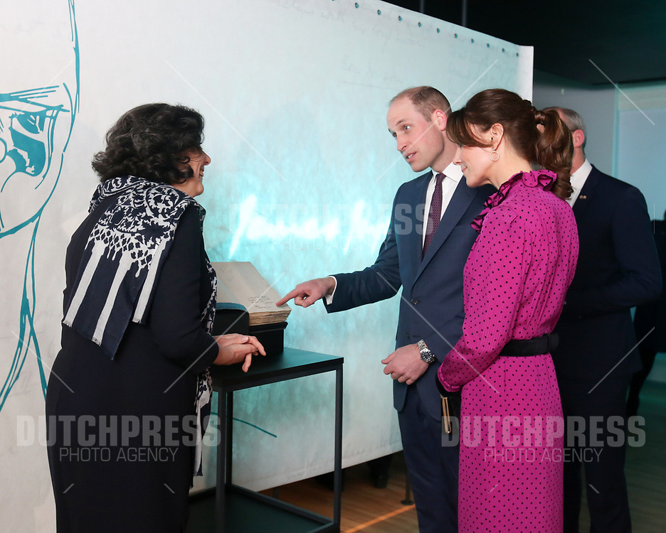 DUBLIN - Prins William en Catherine, Hertog en Hertogin van Cambridge bij een receptie in Dublin, op de tweede dag van hun drie-daags bezoek aan Ierland.