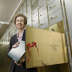 February 5, 2018 - Madrid, Spain - Margarita Salas, molecular biologist, collect the legacy she deposited ten years ago in the Caja de las Letras of the Cervantes Institute in Madrid,  Spain on February 5, 2018. (Credit Image: © Oscar Gonzalez/NurPhoto via ZUMA Press)