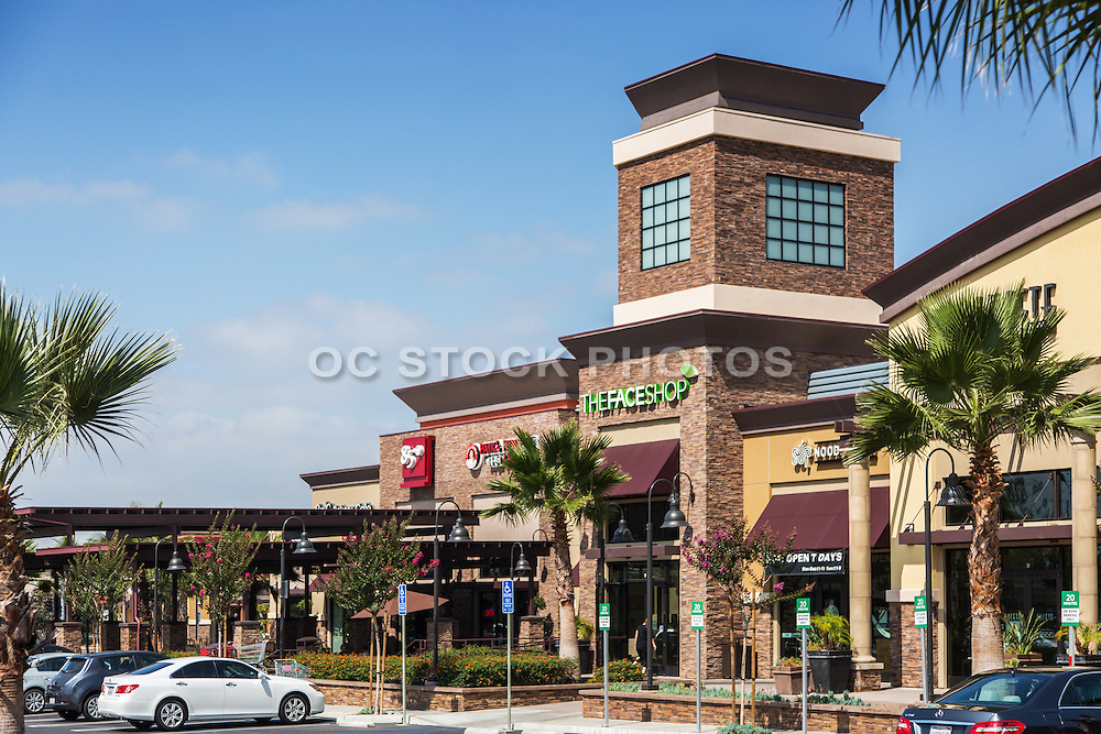 Restaurants and Shops at the Village Circle Shopping Center in Buena Park