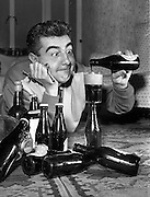 Raise your glas for Arthur Guinness! The Guinness Day has a long tradition that was Captured in pictures from Irish Photo Archive. Have a look at our brilliant black and white Photography.