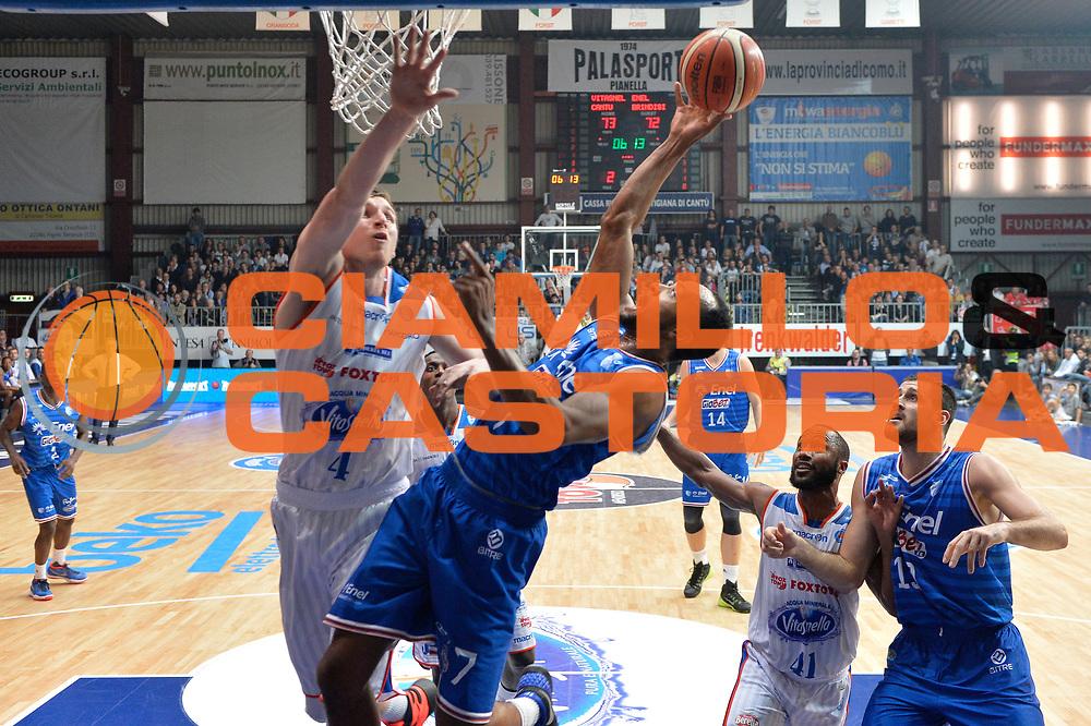 DESCRIZIONE : Cantu, Lega A 2015-16 Acqua Vitasnella Cantu' Enel Brindisi<br /> GIOCATORE : Alexander Harris<br /> CATEGORIA : Tiro sequenza<br /> SQUADRA : Enel Brindisi<br /> EVENTO : Campionato Lega A 2015-2016<br /> GARA : Acqua Vitasnella Cantu' Enel Brindisi<br /> DATA : 31/10/2015<br /> SPORT : Pallacanestro <br /> AUTORE : Agenzia Ciamillo-Castoria/I.Mancini<br /> Galleria : Lega Basket A 2015-2016  <br /> Fotonotizia : Cantu'  Lega A 2015-16 Acqua Vitasnella Cantu'  Enel Brindisi<br /> Predefinita :